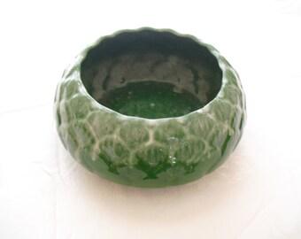 Vintage Moreno Green Artichoke Bowl, Planter, California Pottery, P 2, Moreno Pottery, Indoor Planter, Patio Planter, Sunroom, Indoor Porch