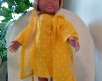 18inch sleepwear. 18inch nightgown & robe set, yellow with white dots