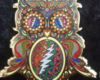 Grateful Owl pin