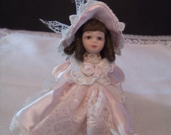 Vintage Miniature Porcelain Doll (#457/15)