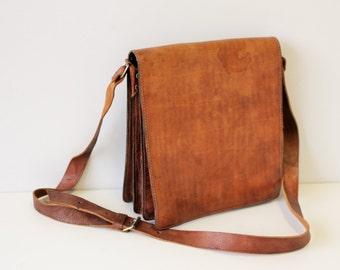 Leather Messenger Bag Brown Distressed leather bag Crossbody bag Leather Shoulder Bag Tan Brown Satchel Distressed 60s
