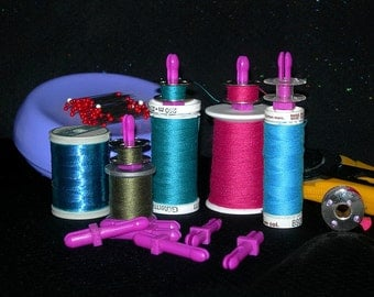 20 Bobbin Pegs (Mates) - fits all bobbins - a simple storage solution for keeping track of which thread is on which bobbin!