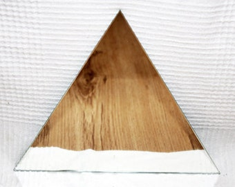 MIRROR TRIANGLE HANGING