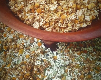 Chamomile - German Chamomile - Flower - Dried Chamomile - Herb - dried herbs- bulk herbs - loose herbs - soothing herbs - herbal remedies