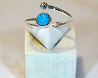 Ring in sterling silver with turquoise setting