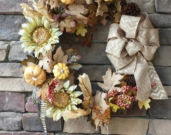 Fall wreath with Sunflower and pumpkins