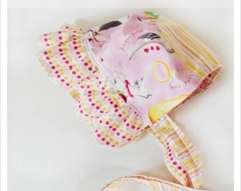 Baby Bonnet Sewing Pattern, Tutorial, Instructions, Ruffled, Infants, Reversible