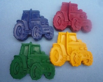 6 tractor shaped novelty wax crayons