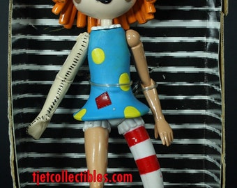 """Molly Coddle Bump in the Night 9"""" Poseable Figure Street Players"""