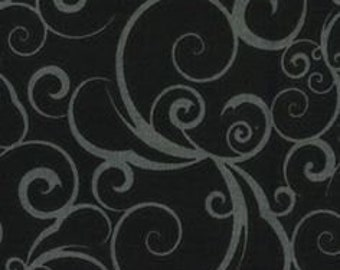 "17"" REMNANT - Scrolling by Quilter's Showcase, Gray Flowing Scrolls on a Black Background"