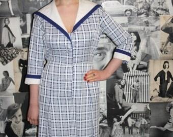 ADORABLE 1950's Check Sailor Dress