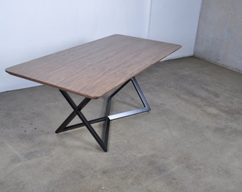 Modern Dining Table with an artistic great design
