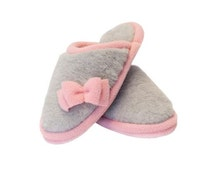 Merino Wool Slippers pink , Soft Shoes , Boots  House Shoes  , Booties , clogs, Women or Men , Warm and comfortable , Non Slip Leather Soles