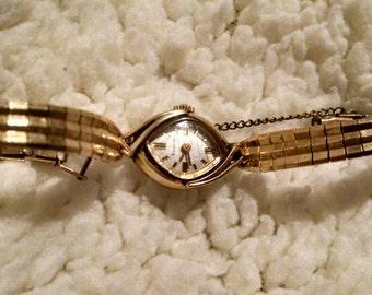 Vintage 1969 Bulova 10K Rolled Gold Ladies Winding Watch