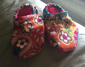 Homemade baby shoes, infant shoes, size 0-6 months, boy or girl