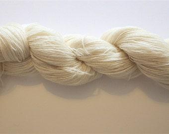 Lace weight 100% Superwash Superfine Merino Wool Yarn - undyed yarn for hand dyers - 10 x 100gms