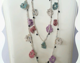 sautoir necklace multicolor crochet flowers and pearls