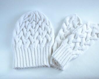 White winter set Knitted winter set Hat&Mittens Wool winter set Women's winter set White winter hat White winter mittens Wool winter set