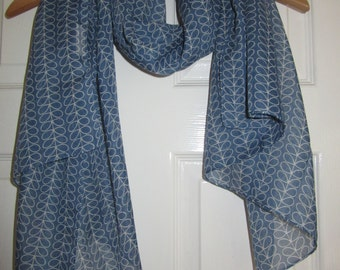 Uniqlo Orla Kiely Blue Linear Stem Print Scarf - Rare- Gift