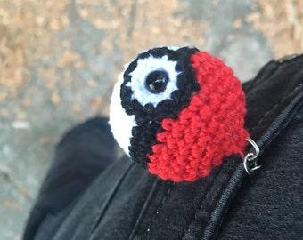 Crochet Pokemon Pokeball Keychain