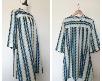 vintage. 1970s silky hippie dress