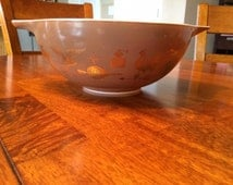 Vintage Pyrex Early American 444-  4 Quart Cinderella Mixing Bowl