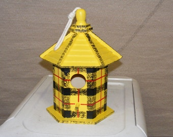 Adorable Scottish Tartan Yellow Birdhouse