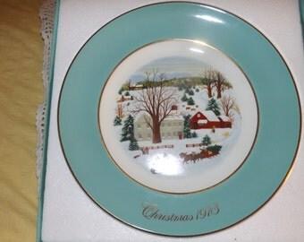 Avon Christmas Collector Plate ~ 1973