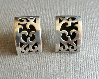 Hand Crafted Sterling Silver 925 vintage post earnings