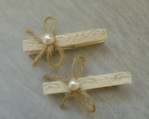 Wedding decoration/Wedding Wooden Clothes Pins/Rustic wedding pegs/Wedding clothespins/Clothespin/Lace/Twine/Pearl