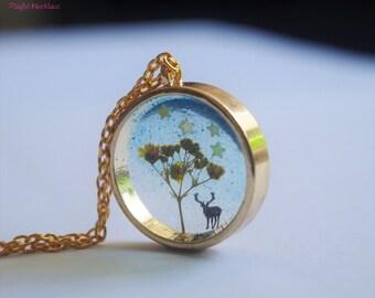 Dry Flower Necklace - Deer - Playful Necklace
