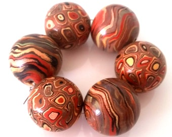 6 polymer clay beads, brown, red, black, round, stone look