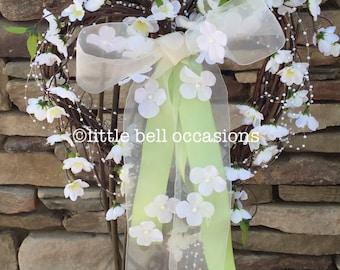 Wedding/Bridal/Natural Grapevine/Heart Wreath/Customize/Wedding Decor/Bridal Showers/Engagement Decor/Pew Decoration/Front Door/Gift/Festive