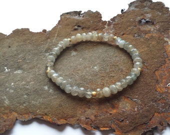 Labradorite bracelet with gold elements in gilded 925 silver