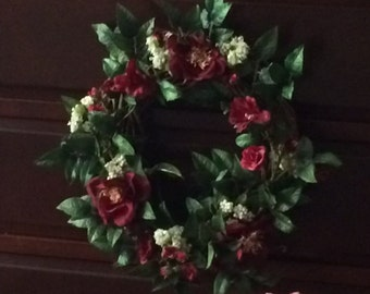 Red Cottage Roses Wreath, Rose Grapevine Wreath, Small Grapevine Wreath, Cottage Rose Grapevine Wreath, Red Rose Grapevine Wreath