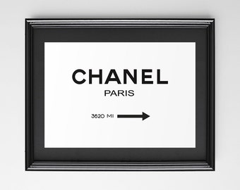 Poster poster chanel paris in the marfa 1837 MI, original decoration for the House style.