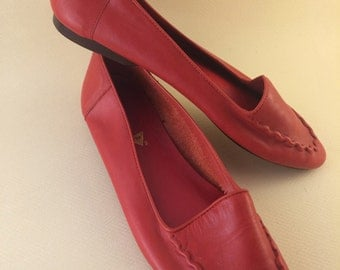 Size 7 Ellemenno P. Red Flats Made in Brazil Retro Shoes