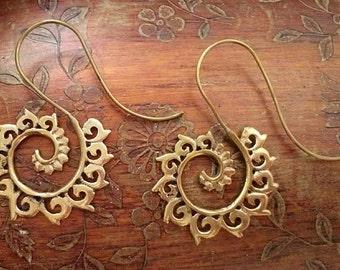 Tribal Brass Earrings. Hoop Earrings, Brass Earrings, Boho Earrings. Gypsy Hoop Earrings. Ethnic Earrings. Boho Jewelry.