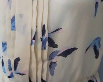 Collared, sleeveless dress, bird print