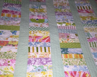 Vintage sheet quilt, throw quilt, quilted throw, lap quilt, girls quilt