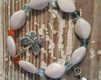beige, glass bead bracelet