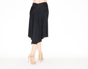 TROILO Elegant Swinging Flow Tango Skirt in Pure Black