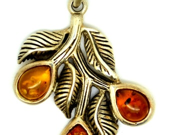 Nature's Gift Pendant - Silver Sterling Pendant with Amber Gemstone