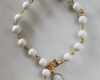 White Beaded Bracelet with Gold Filled fittings with a Moonstone charm