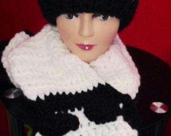 Panda hat & scarf set