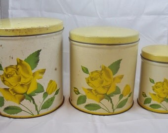Vintage Set of Three Kitchen Canisters Tins Yellow Roses Nesting  (31)