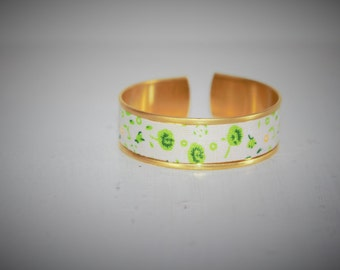 White fabric Cuff Bracelet Green