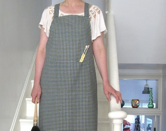 Cross Back Apron, Gingham Print Cotton, Navy/Cream No 4