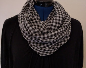 Black and White Checkered - Infinity Scarf