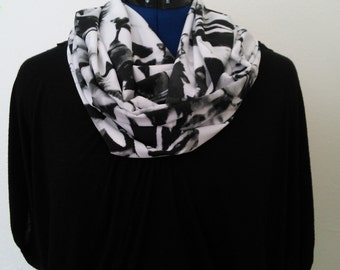 Black and White Floral Print - Infinity Scarf